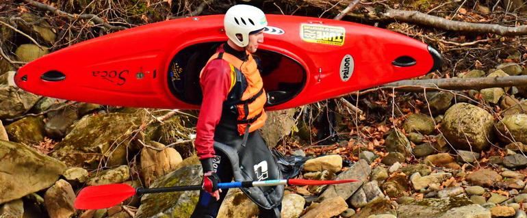 Експедиція на каяках з верхів'їв Чорного Черемошу, 27-30 квітня Kayaker-sherpa